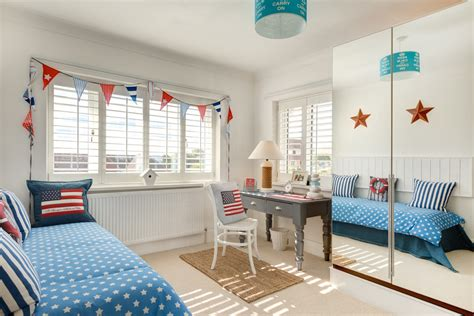 beach themed bedrooms for kids beach themed bedroom bedroom tropical with