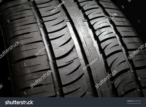 tread pattern en français close image or new vehicle tire tread pattern stock photo