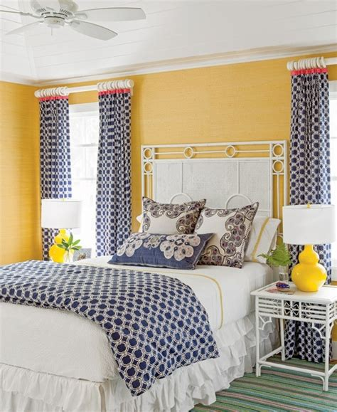 navy and yellow bedroom 25 best ideas about navy yellow bedrooms on pinterest