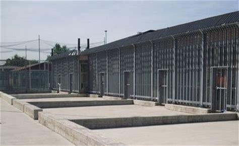 centro ufficio lamezia a h c s viaggio nei cara centri di detenzione italiani