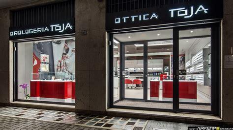 arredamenti negozi di ottica ottica toja fornitura arredamenti su misura per negozi di
