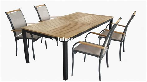 Look Out For Outdoor Table And Chairs That Are Easy To Patio Tables And Chairs