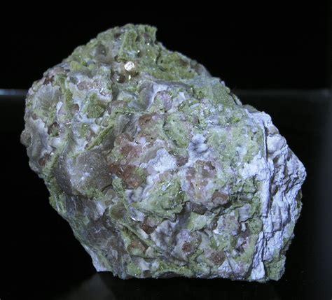 grossular garnet diopside jeffrey asbestos 002