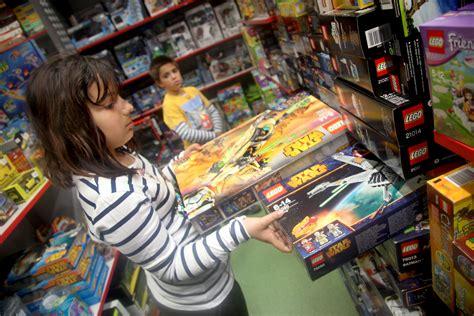 cadenas nieve black friday las ofertas de juguetes m 225 s destacadas para el black friday