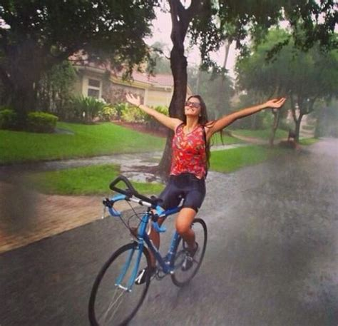 raincoat for bike riders 426 best images about delicia a caminar bajo la lluvia on