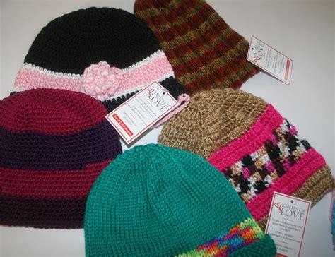 knots of love crocheted and knitted caps for chemo patients and knots of love an amazing charity between my fingers