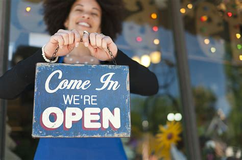 small business owners    confident theyve    recession huffpost