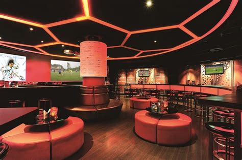 Manchester United Wall Murals 16 of the coolest themed restaurants to eat and drink in india