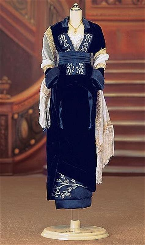 film titanic blue kate winslet titanic blue dress www imgkid com the