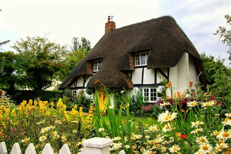 Country Cottage by Quaint Country Cottage Pixdaus