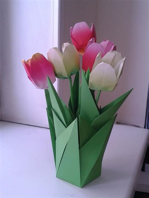 Origami Tulip Bouquet - 1000 ideas about origami flowers on origami