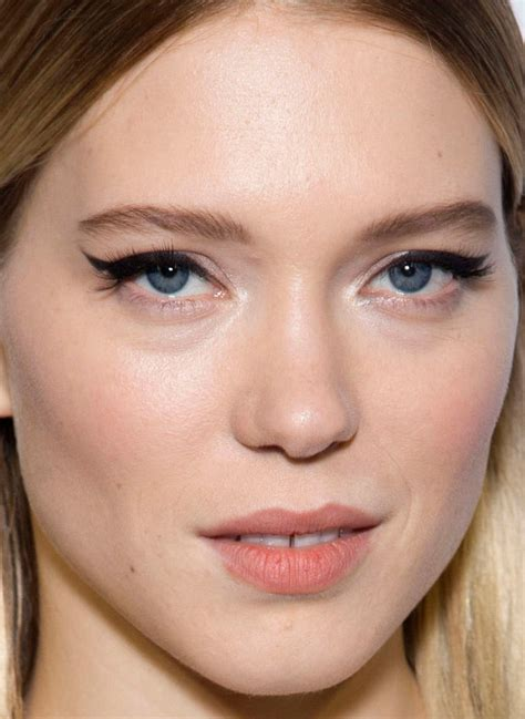 lea seydoux makeup spectre 33 of the most inspiring beauty looks this week beautyeditor