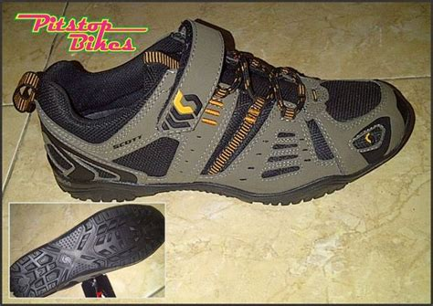 Sepatu Sneakers Boots Yester Shoes Brown sepatu trail pitstop bikes