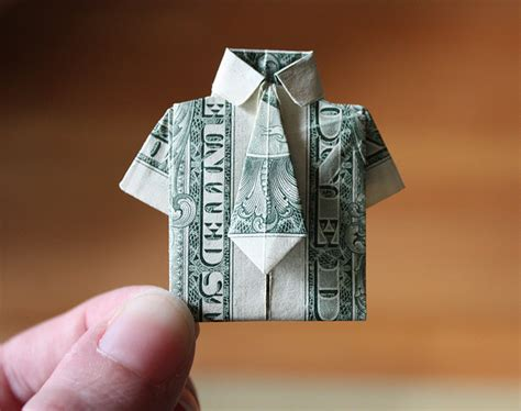 Shirt Money Origami - the world of origami who would thunk it this