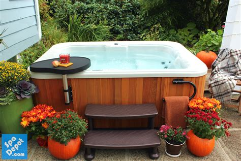 Spa Patio Designs by 5 Great Fall Patio Decorating Ideas Tub