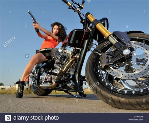 How To Ride A Harley Davidson For The Time by Harley Davidson Biker Www Imgkid The Image Kid Has It