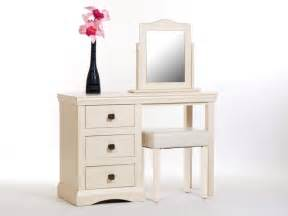 cream shaker furniture:  dining chairs as well fitted furniture on painted shaker furniture