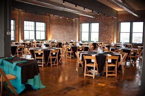 Room Oakland by Neo Room Neo On Locust