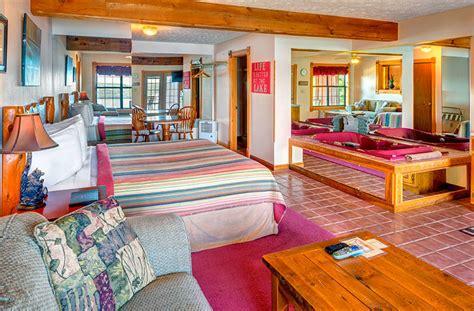 patio interior jacuzzi jacuzzi suites sugar ridge resort