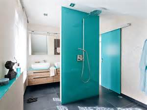 dusche statt fliesen bad mit klarem design zuhause wohnen