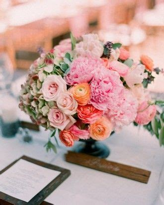 Wedding Center Flowers by 1605 Best Images About Centerpieces On