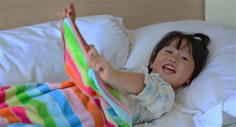 toddler won t stay in bed toddler won t stay in bed toddler won t stay in bed child won t stay asleep 2 to 3