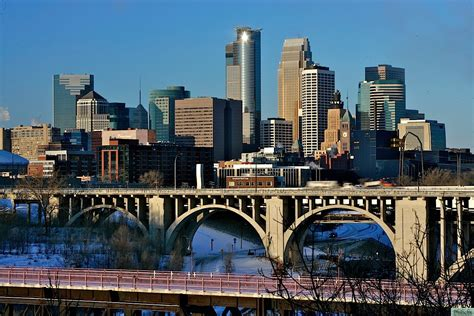 top hairstlyist in twin citoes minneapolis skyline hdr creation in photography on the