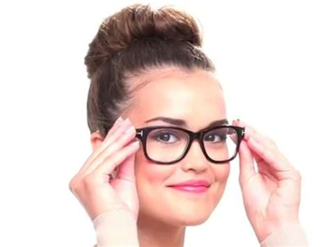 hairstyles for round faces and glasses pin by michelle lay on hairstyles 2014 pinterest