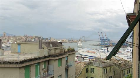 porto genova grandi navi veloci inquinamento porto di genova maggio 2016 il traghetto