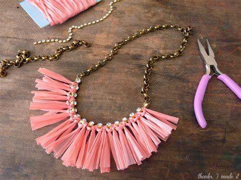raffia crafts projects thanks i made it diy raffia necklace