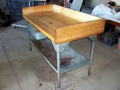 refinish butcher block table 1000 images about furniture refinishing and painting