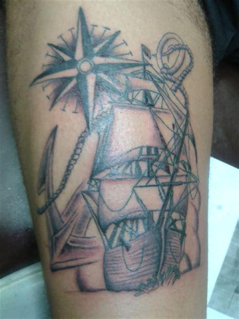 tattoo old school rosa dei venti significato tatuaggio ancora galeone gamba old school rosa dei venti