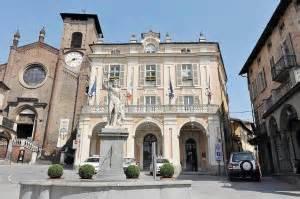 comune di roma sede legale moncalieri vigili senza sede faranno servizio in borghese