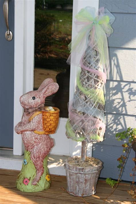 Easter Porch Decor by 20 Ways To Decorate Your Porch For Easter Page 8 Of 22