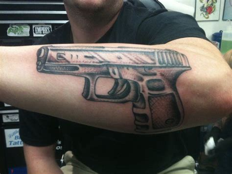 cheap tattoo guns 1000 images about tattoos only from glock guns on