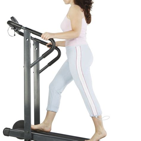how to to walk on treadmill best speed to walk on treadmill to lose weight dualinter