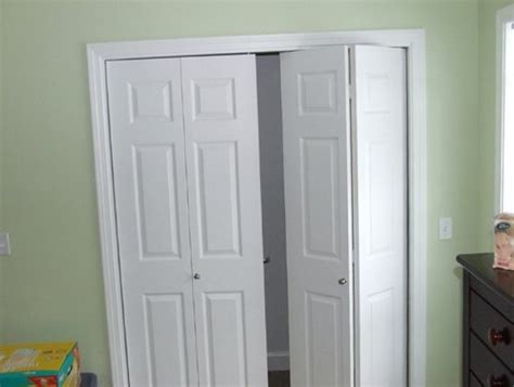 Folding Doors For Closets Bifold Closet Door This Diy Bifold Closet Door Makeover Looks Like A Million Bucks But Cost