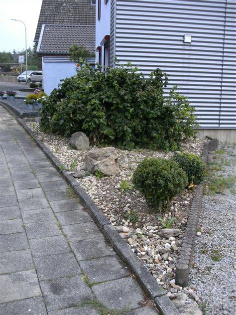 Kies Für Den Garten 48 by Dreieckiger Vorgarten Was Dringend Mein