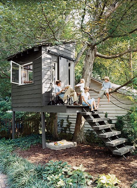 Backyard Treehouse For by 7 Inspired Fort And Treehouse Designs For The Inspired Treehouse