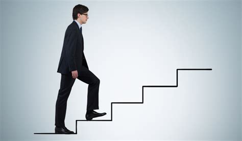 Nerdwallet Mba Internship by Expert Tips On How To Land A Solid Entry Level Finance