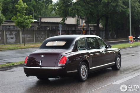 bentley limousine price bentley state limousine 23 june 2015 autogespot