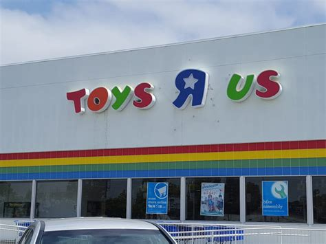 l stores san diego toys r us 71 photos 75 reviews toy stores 1240 w