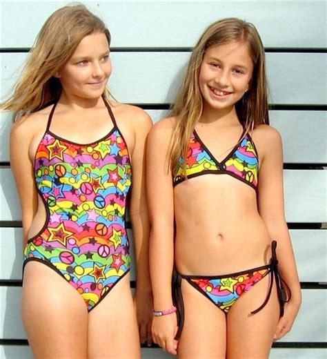 dance moms girls in bikinis http www cruzswimwear com siteimages pop 20art jpg