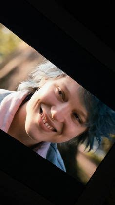 blue is the warmest color actresses adele exarchopolous and lea seydoux in blue is the warmest