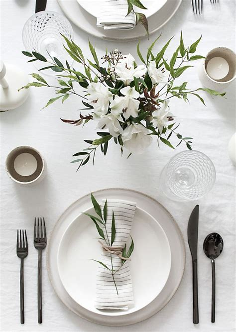 25 best ideas about dining table decorations on