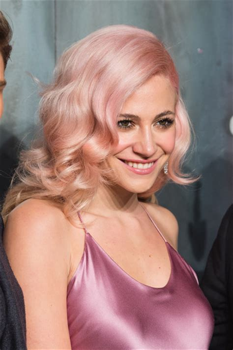 Pixie Lott Hairstyles by Pixie Lott Retro Hairstyle Hair Lookbook Stylebistro