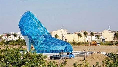 taiwan church shaped like a shoe shoe shaped church built in taiwan to attract women