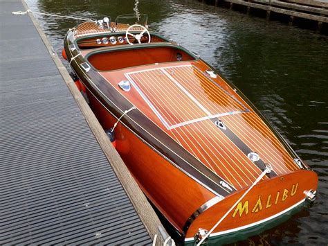 chris craft speed boats for sale mahogany barrelback speed boat google search wooden