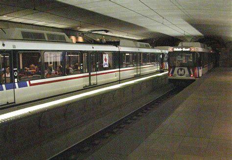 st louis light rail convention center