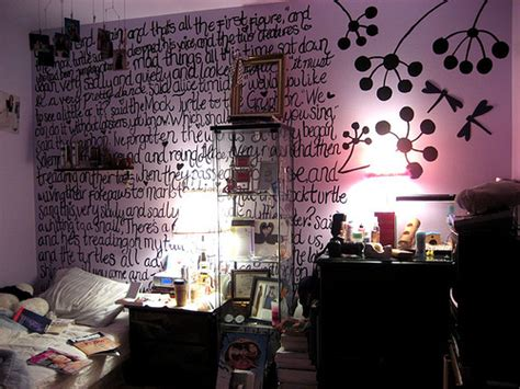 alice in wonderland bedroom decor alice in wonderland bedroom decor fear and loathing